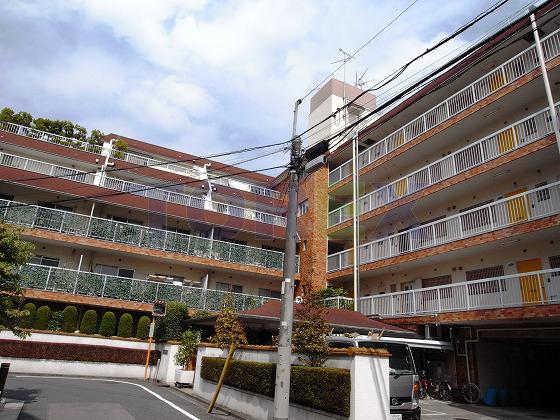 近鉄ハイツ新宿 概観